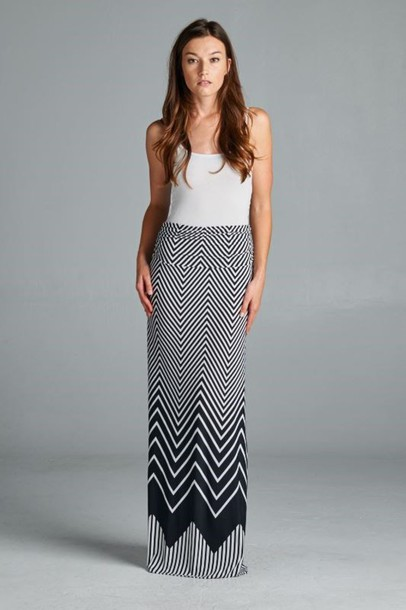 Get the skirt for $35 at betsyboosboutique.com - Wheretoget