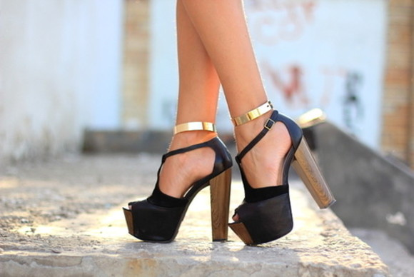 shoes high heels wooden heel black sandals golden summer outfits @shoes jewels gold ankle strap ankle cuff