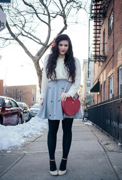 noelles favorite things blogger blouse skirt bag shoes