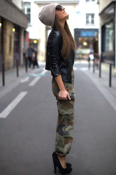 pants camouflage jeans camo pants camo pants hot damn beautiful everything perfect outfit black heels leather jacket black jacket sunglasses hat perfect streetstyle jacket shoes