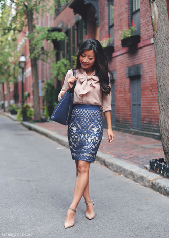 extra petite blogger blue skirt office outfits pink blouse classy