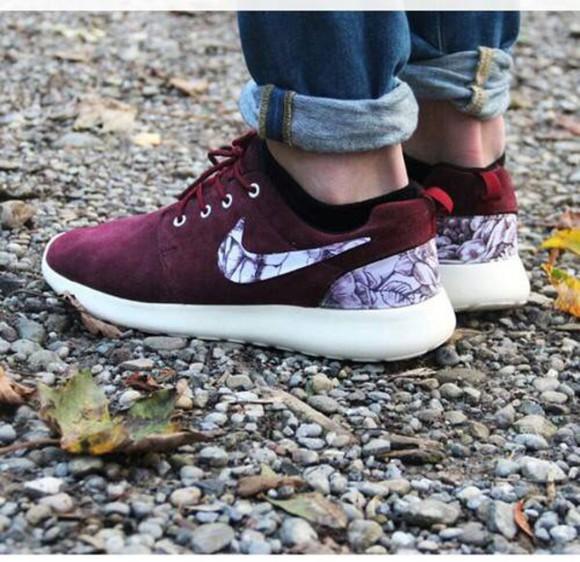 running shoes mens shoes nike roshe run burgundy