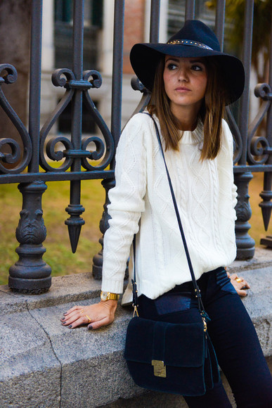 lovely pepa blogger jeans bag jewels hat knitted sweater
