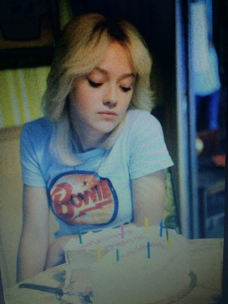 shirt david bowie dakota fanning blue shirt t-shirt