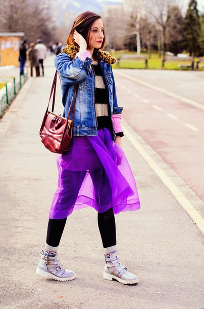 beauty insanity blogger striped sweater denim jacket purple red bag