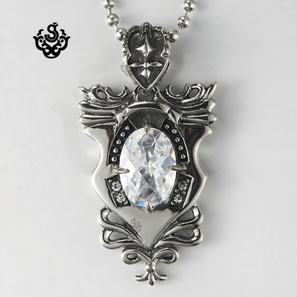 jewels necklace undefined