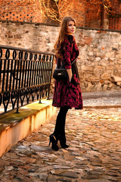 only my fashion style blogger red dress winter dress