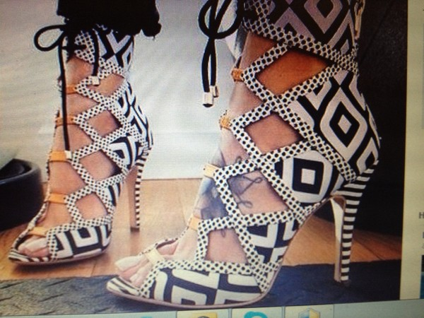 shoes high heels bohemic white black bloogers fashion lace