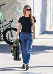 jeans,top,rachel bilson,streetstyle