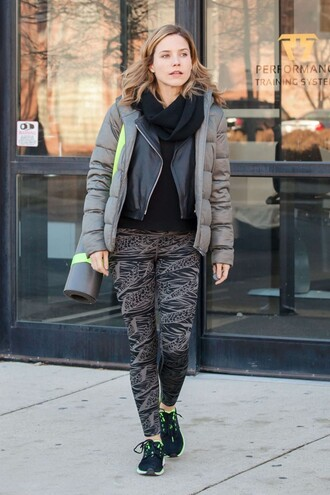leggings jacket sportswear sophia bush sneakers shoes