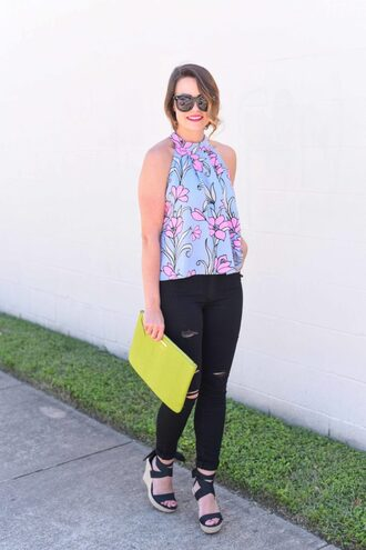 live more beautifully blogger bag sunglasses halter top floral tank top black jeans ripped jeans clutch wedges lace up heels round sunglasses