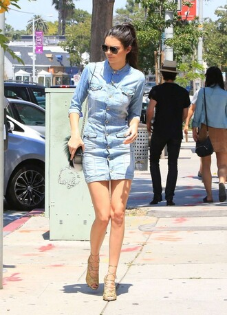 dress denim mini dress kendall jenner sandals denim dress kendall and kylie jenner kendall and kylie kendal jenner dress kendall and kylie collectionn fashion and style shoes kardashians casual dress