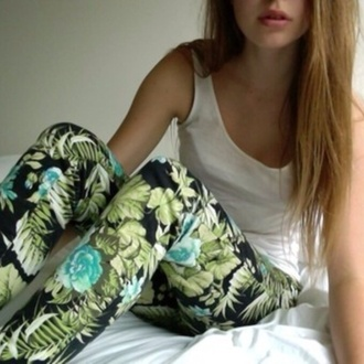 pants leaf print white tank top black and green gorgeous pretty girl silk printed pants