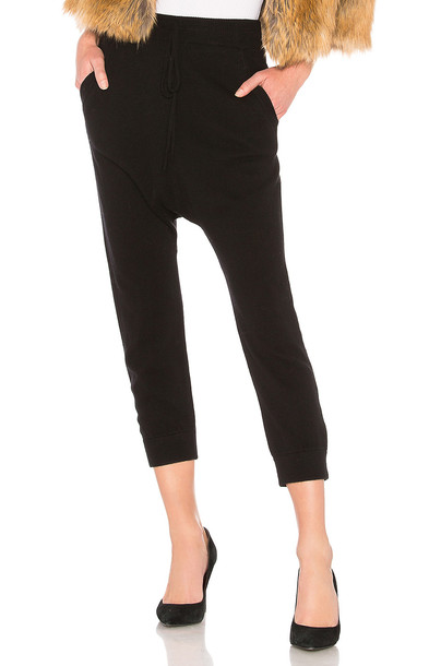 Nili Lotan pants black