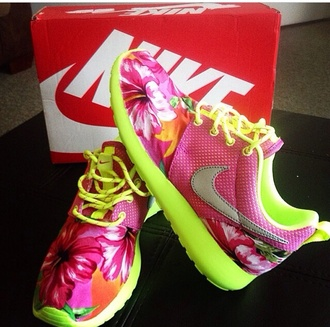 shoes lime flowers roshe runs