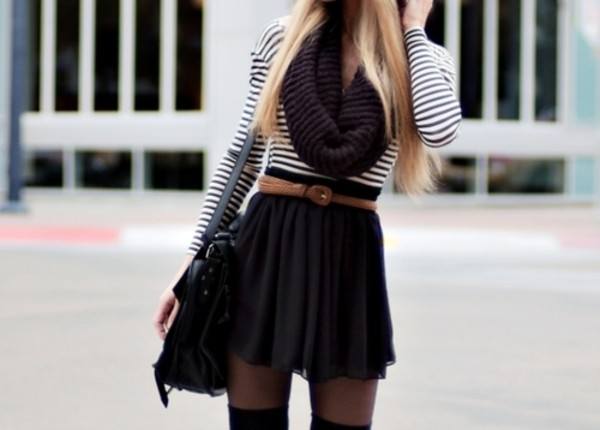 knitted scarf waist belt striped top black skirt skater skirt fall outfits tights black bag messenger bag infinity scarf shoes skirt belt scarf stripes black and white skirt with belt black short black skater skirt