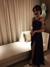 dress,black dress,prom dress,black prom dress,black gown,long black prom dresses,black prom dresses long,black prom dress with a slit and low back,black prom,black prom dreses,please help me find it,please help me find this dresss