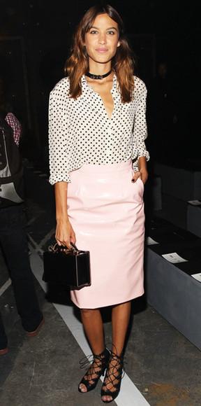 alexa chung fashion week 2014 skirt blouse bag sandals pencil skirt