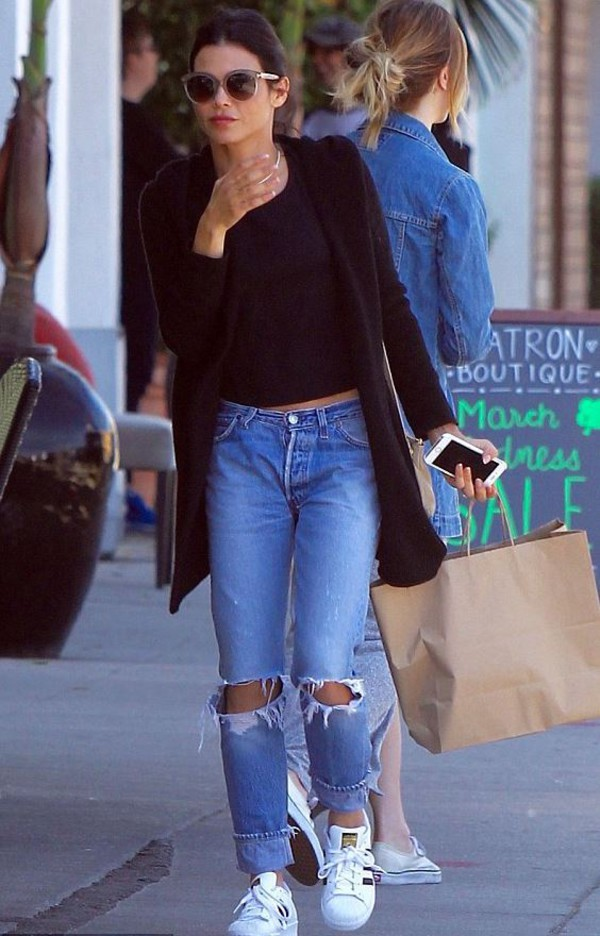 9c22faad49a jeans top cardigan jenna dewan sneakers boyfriend jeans ripped jeans  sunglasses spring outfits.
