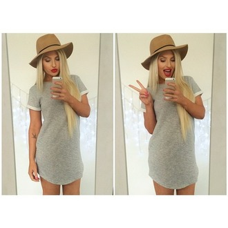 grey dress dress t-shirt dress grey t-shirt dress hat blonde hair cute outfit style tan hat tumblr grey t-shirt short dress short peace sign selfie preppy fashion youtuber similar cute dress grey white short sleeve