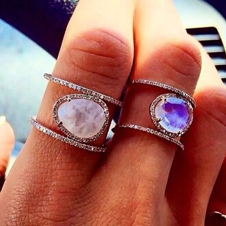 jewels rings stone sparkly ring amazing rings and tings ring jewlery jewelry jewlery !!. diamonds diamond ring diamonte pretty sparkly georgous lovely purple