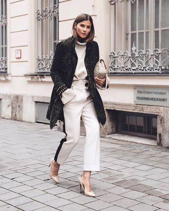 pants black coat white sweater tumblr white pants cropped pants coat sweater turtleneck turtleneck sweater pumps pointed toe pumps