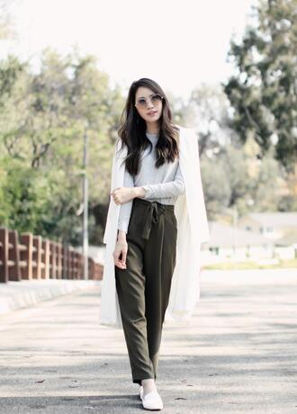 clothes to youuu blogger sweater pants jacket sunglasses shoes loafers forever 21 blazer spring outfits