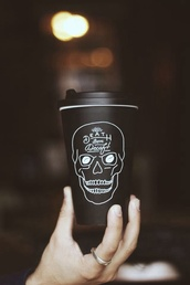 skull,death,decaf,coffee,thermos,black,grunge,white,black and white,cute,fancy,silver ring,hipster,mug,travel mug