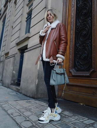 shoes sneakers white sneakers black jeans jacket leather jacket brown jacket shearling jacket bag louis vuitton jeans