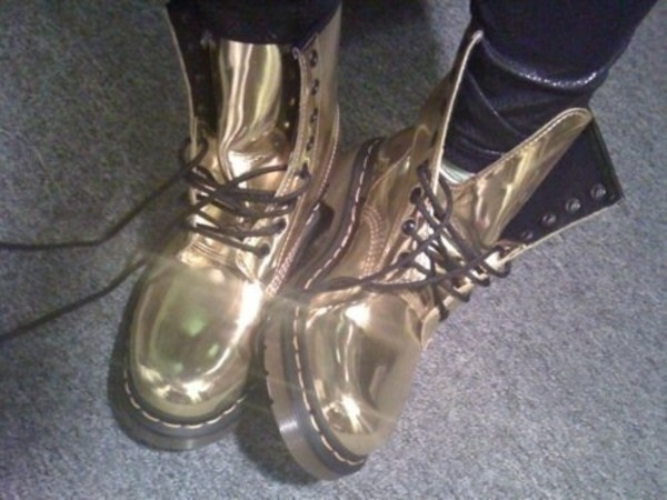 shoes gold cool boots combat boots DrMartens DrMartens gold shiny glossy metallic black