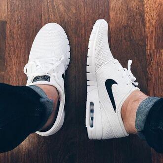 shoes nike white nike shoes white nikes dope kicks black sneakers white sneakers low top sneakers air max