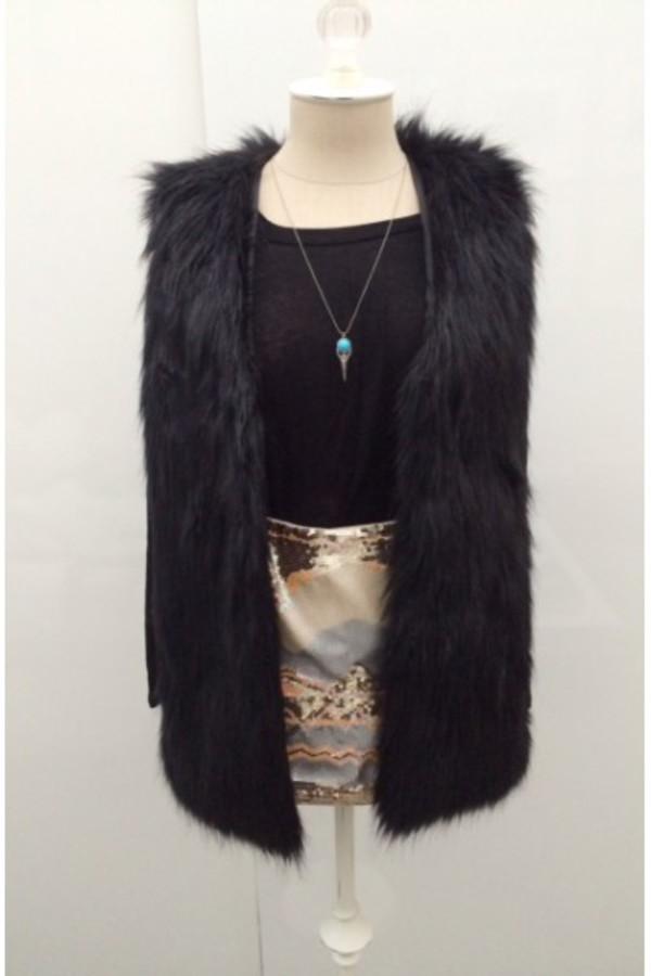 can't get enough e's closet vest fur vest fur black black vest black fur wardrobe pretty girl outfit of today trendy fashion tumblr girl