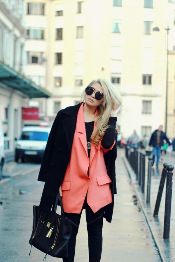 brown platform jacket pants coat jewels bag shoes