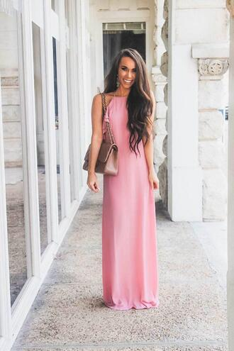 sunshine&stilettos blogger dress jewels bag shoes make-up maxi dress pink dress