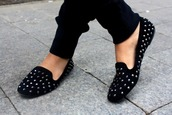 flats,studs,black,shoes