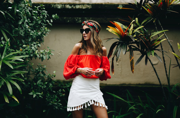 lovely pepa blogger skirt top shoes sunglasses jewels red top white skirt off the shoulder top spring outfits