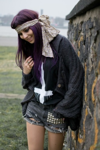 vintage goth hipster top cross studded shorts cardigan