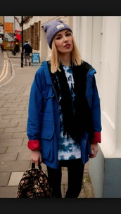 jacket,baggy,baggy coat,fall outfits,rainy,rainy weather,rainy outfit,blue coat,blue jacket,windbreaker,sweater weather,grey beanie,blonde hair,grunge,hipster,nice,winter outfits,spring,american apparel,rainy cold weather,expensive coat,red sweater,rainy coat,spring jacket,american apparel jacket,boots