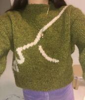 sweater,green sweater