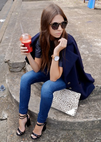 spin dizzy fall jeans t-shirt coat bag shoes jewels