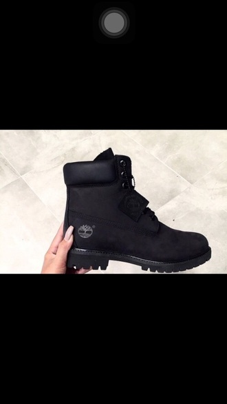 shoes winter outfits timberlands black winter boots boots tumblr