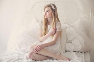 dress lookbook white dress flower crown