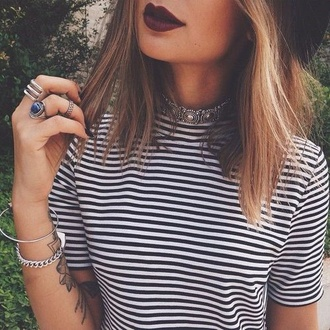 shirt stripes t-shirt striped shirt style grunge make-up ring jewelry boho jewelry silver choker top hair accessory hat rings and tings stripped shirt jewels