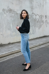 top,tumblr,black top,long sleeves,jeans,denim,blue jeans,shoes,mid heel pumps
