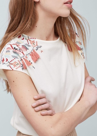 top embroidered white white t-shirt