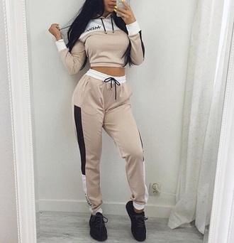 pants joggers cropped sweater cropped hoodie two-piece sweater sportswear comfy sporty beige white black sneakers black sneakers shoes cute sweatpants sweatshirt crop crop tops hoodie winter outfits winter sweater yeezy trainers baddies cute outfits