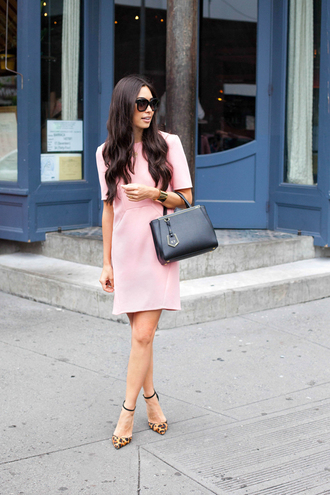 dress office outfits summer outfits summer dress pink dress bag black bag fendi pumps animal print high heels sunglasses black sunglasses