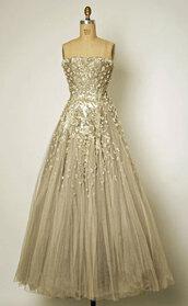dress,christian dior,greige,dream,wedding,wedding dress,vintage wedding dress,dior,champagne,champagne dress,beautiful,lovely,a-line,a line dress,a-line wedding dresses,women's,gold,prom dress,grey,pretty,strapless
