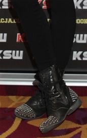 shoes,combat boots,studs