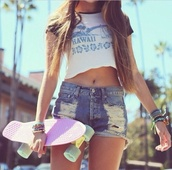 shorts,penny board,crop tops,fashion,ripped shorts,hawaiian,skateboard